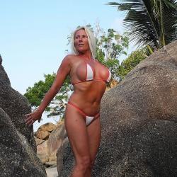 Micro Bikini   2Tone Rot Weiß   Half Transparent